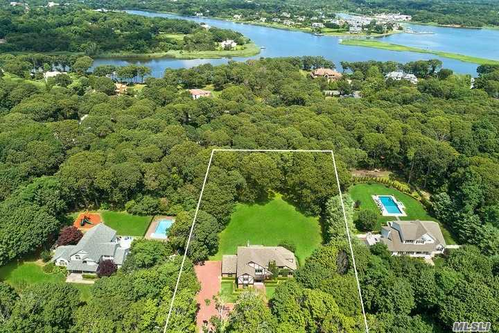 Residenziale in 29 Inlet View Path, East Moriches, NY ,11940