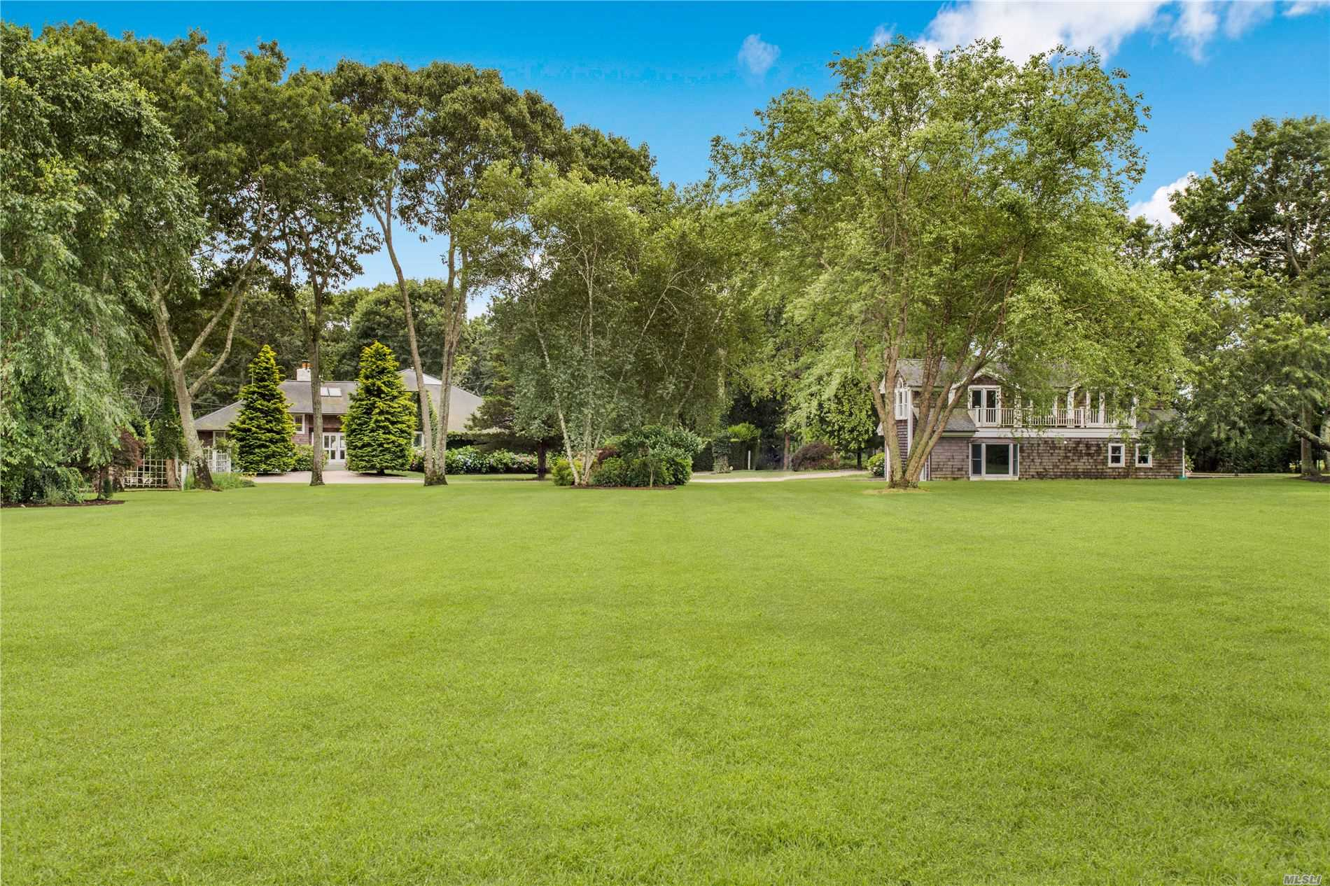 Residenziale in 15 Lewis Rd, E. Quogue, NY ,11942