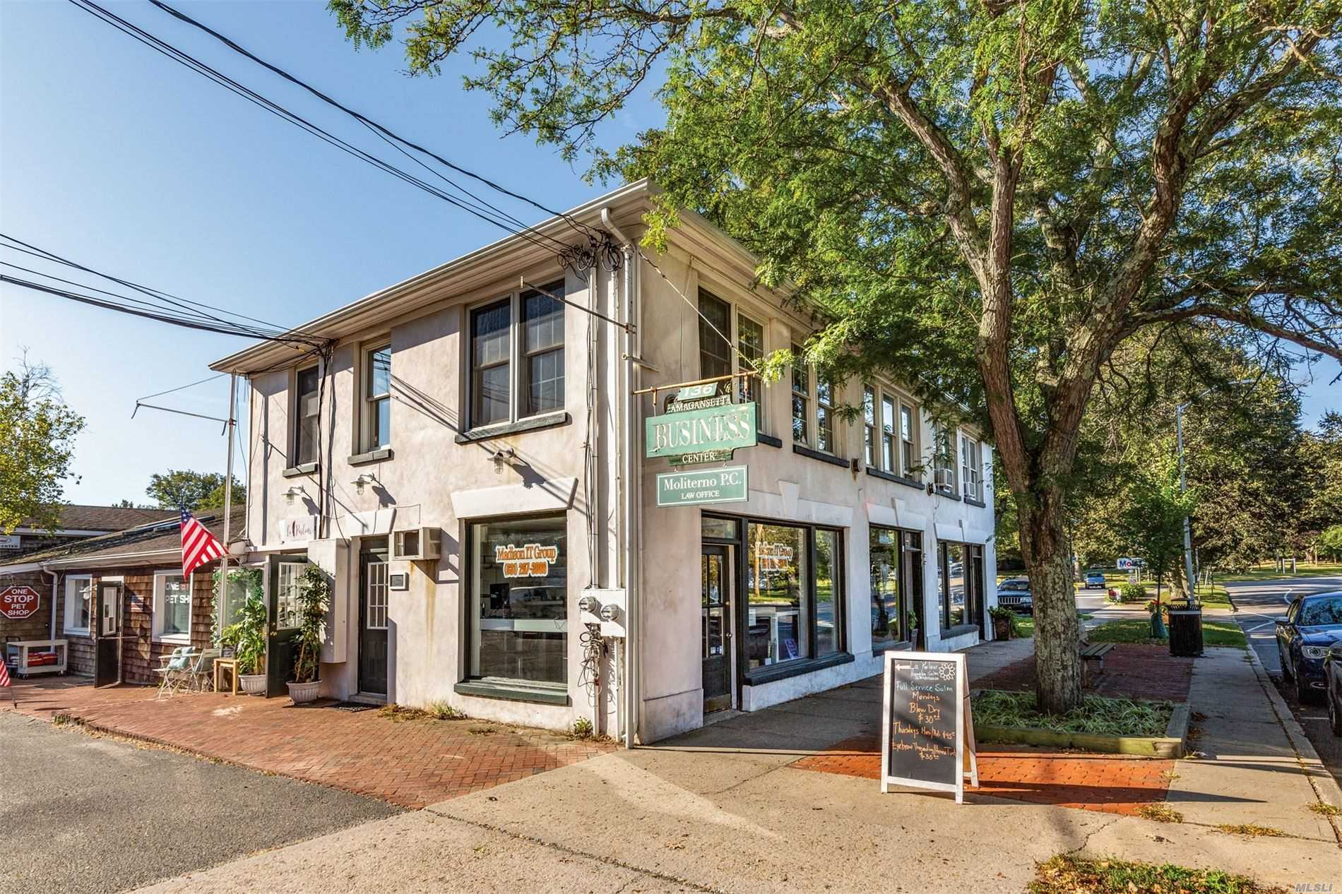 Acquisto commerciale in 136 Main Street, Amagansett, NY ,11930