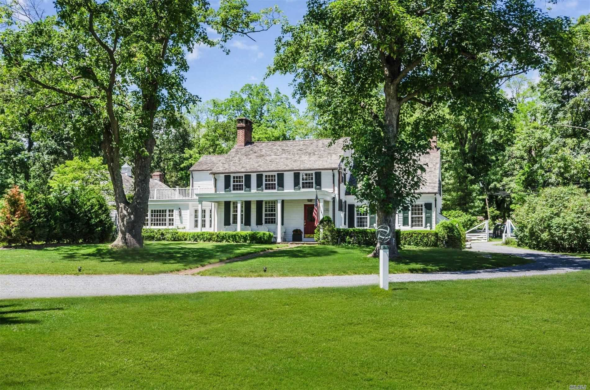 Residenziale in 1 Forrest Dr, Lloyd Neck, NY ,11743