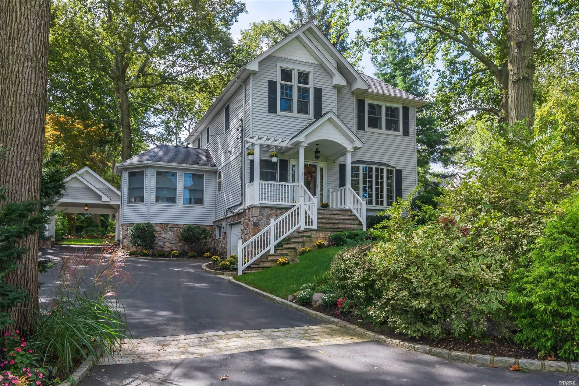 Residenziale in 20 Middleville Rd, Northport, NY ,11768