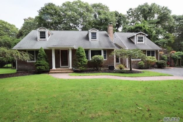 Residenziale in 31 Bay Rd, Brookhaven, NY ,11719