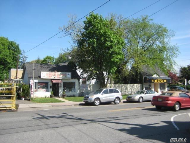 Acquisto commerciale in 349-353 Hempstead Ave, W. Hempstead, NY ,11552