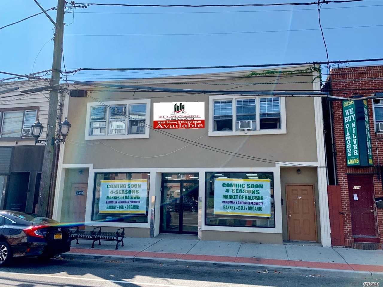 Acquisto commerciale in 1850 Grand Ave, N. Baldwin, NY ,11510