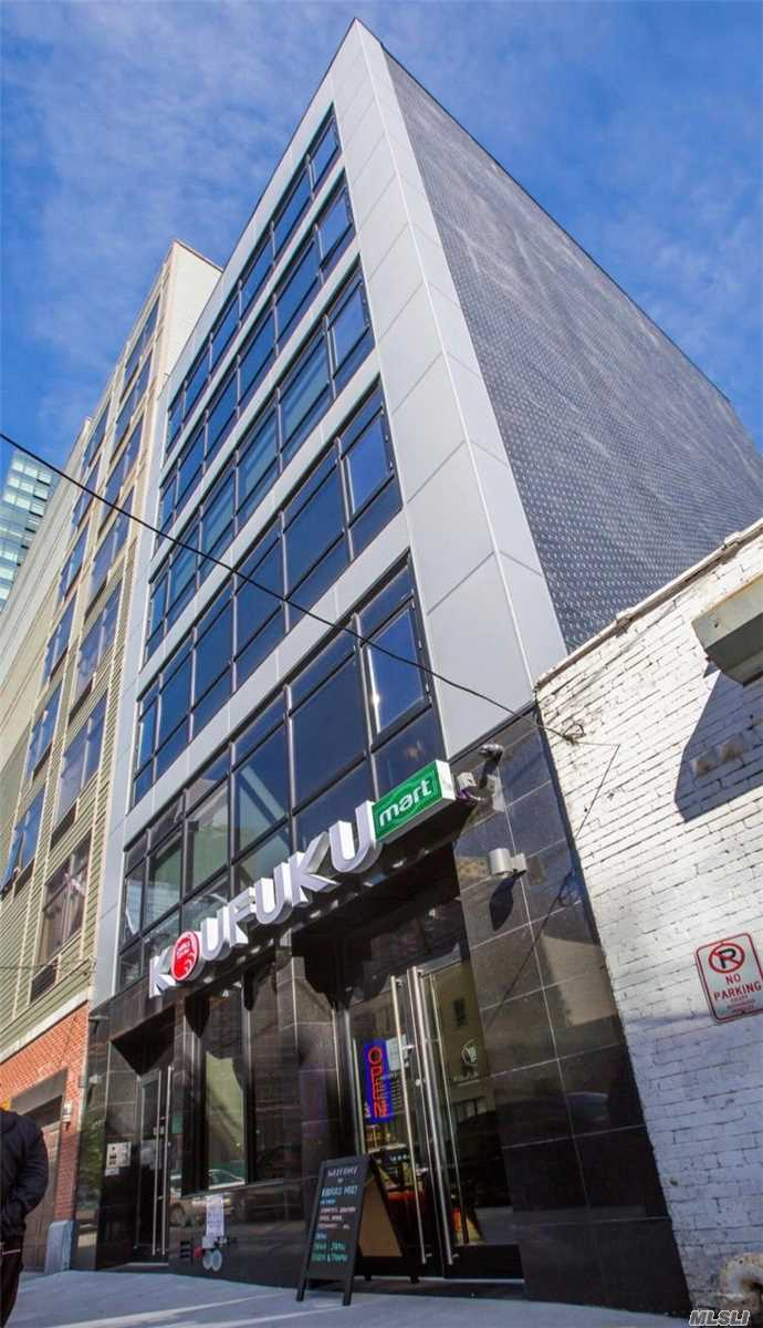 Acquisto commerciale in 42-43 27 St, Long Island City, NY ,11101