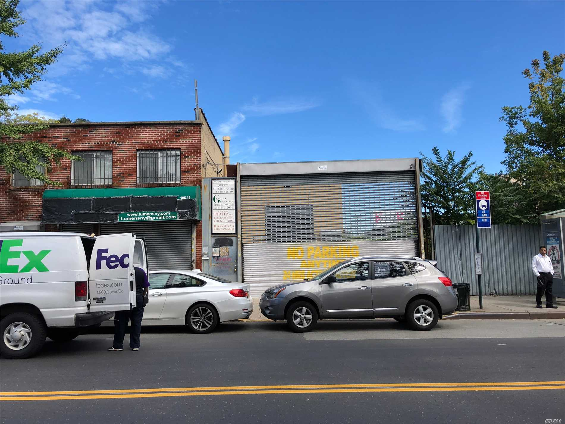 Acquisto commerciale in 106-15 Sutphin Blvd, Jamaica, NY ,11435