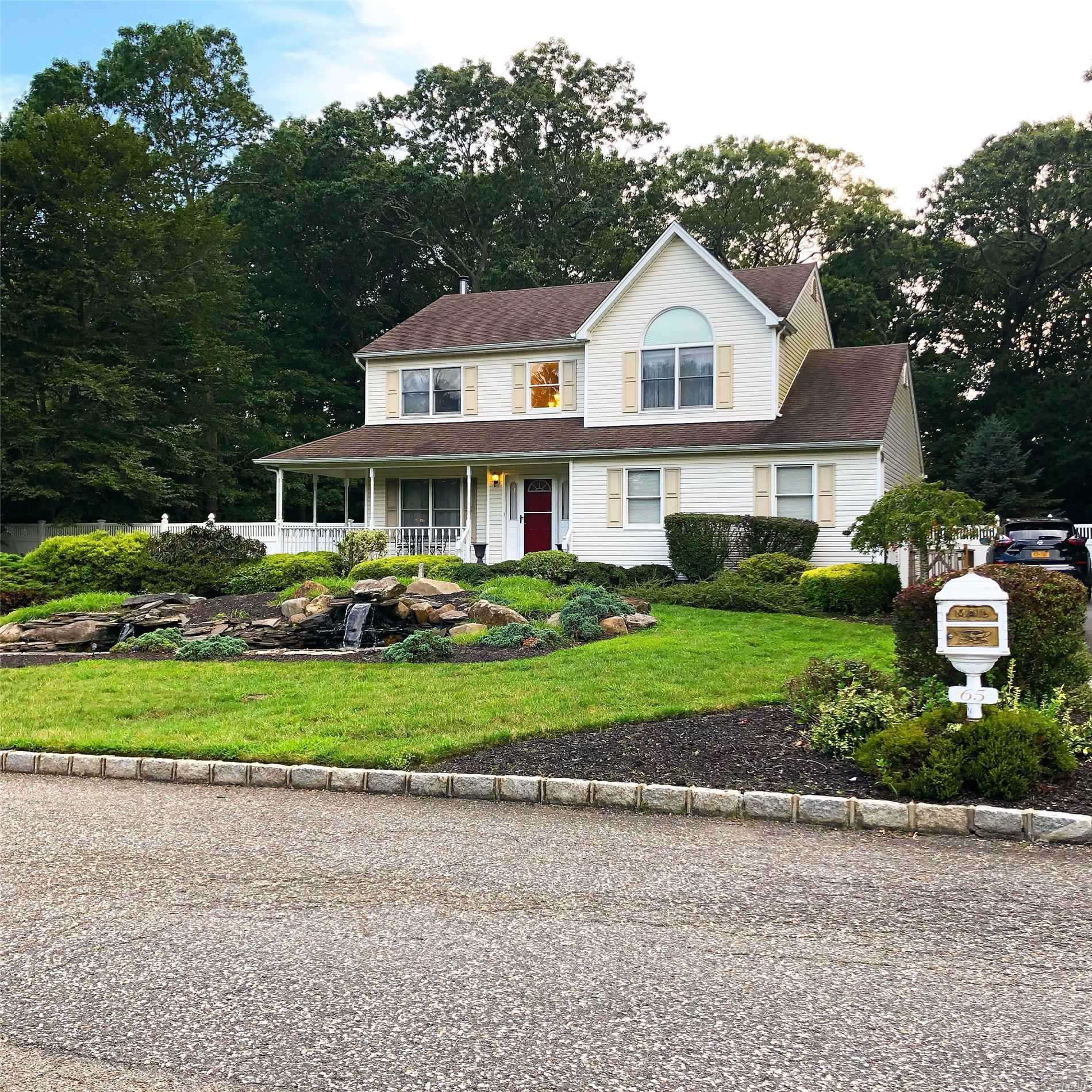 Residenziale in 65 Woods N Rd, Baiting Hollow, NY ,11933