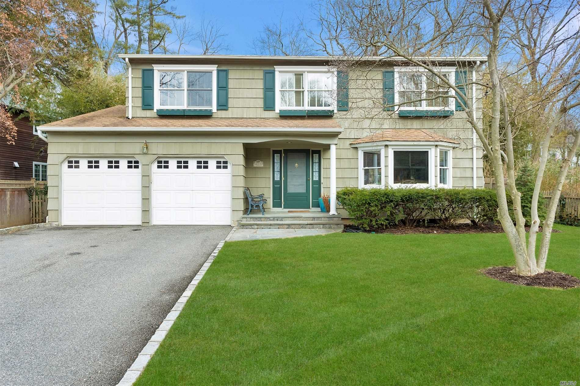 Residenziale in 21 Turkey Ln, Cold Spring Hrbr, NY ,11724