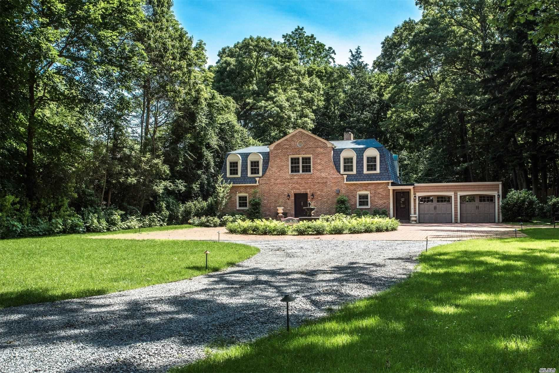 Residenziale in 11 Pine Rd, Syosset, NY ,11791