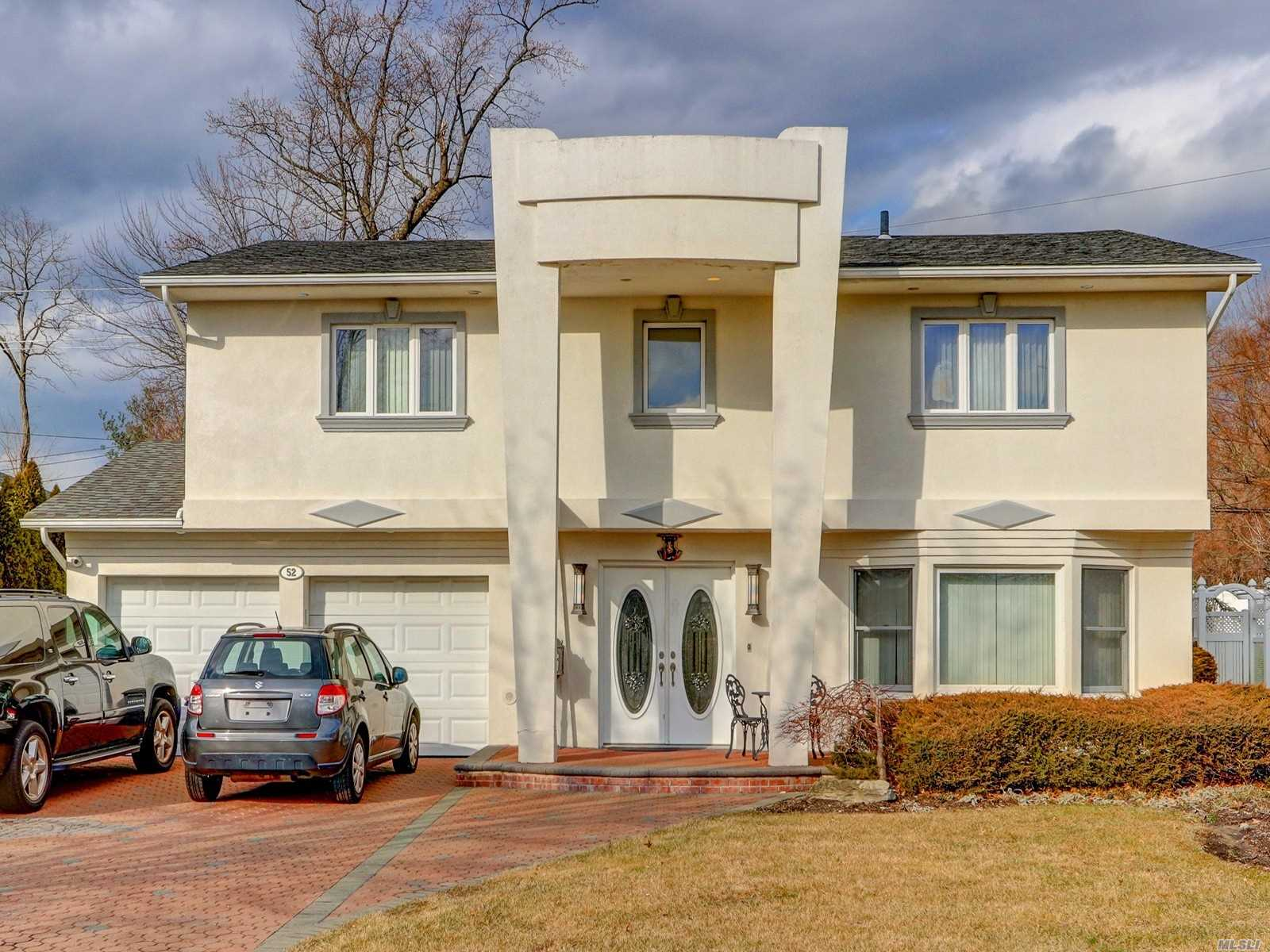 Residenziale in 52 Knolls Dr, Manhasset Hills, NY ,11040