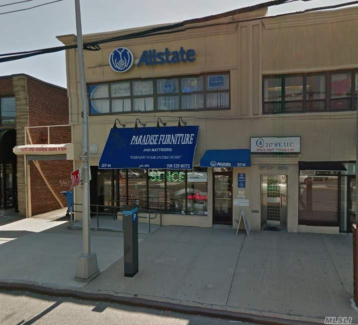 Acquisto commerciale in 217-14 Northern Blvd, Bayside, NY ,11361