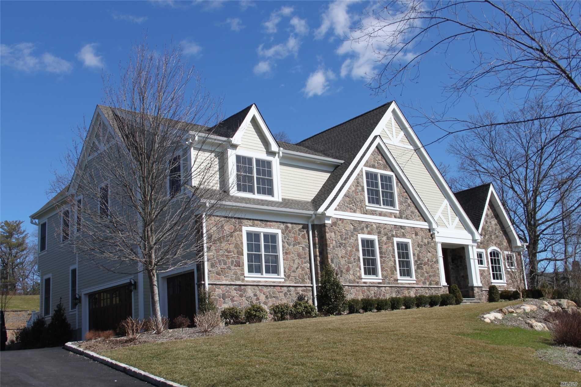 Residenziale in 35 Westgate Rd, Muttontown, NY ,11791