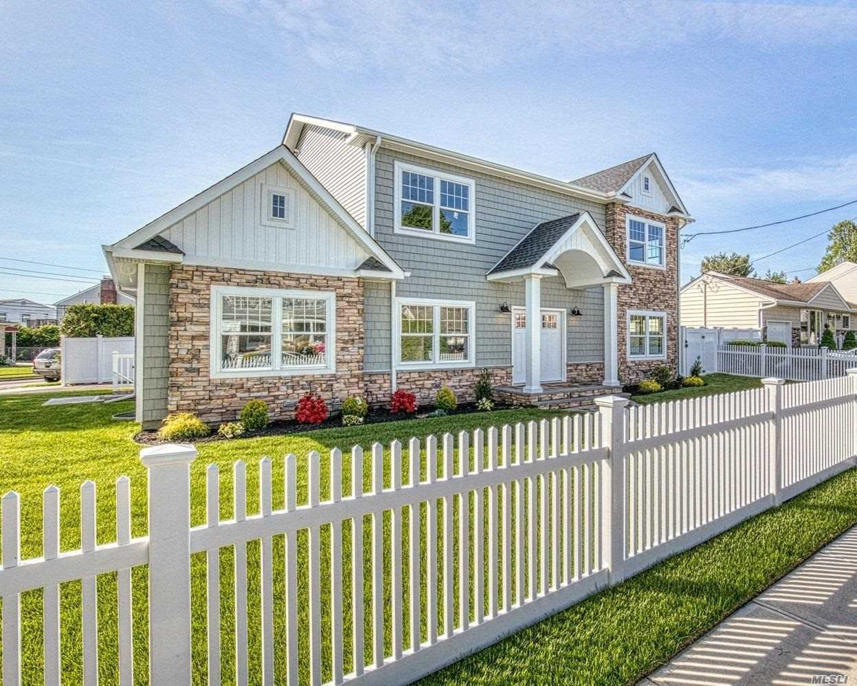 Residenziale in 17 Northern Pkwy E, Plainview, NY ,11803