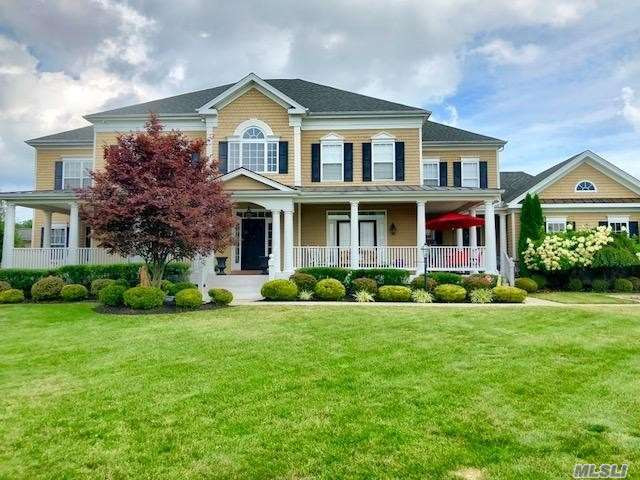 Residenziale in 77 Canterbury Dr, Wading River, NY ,11792