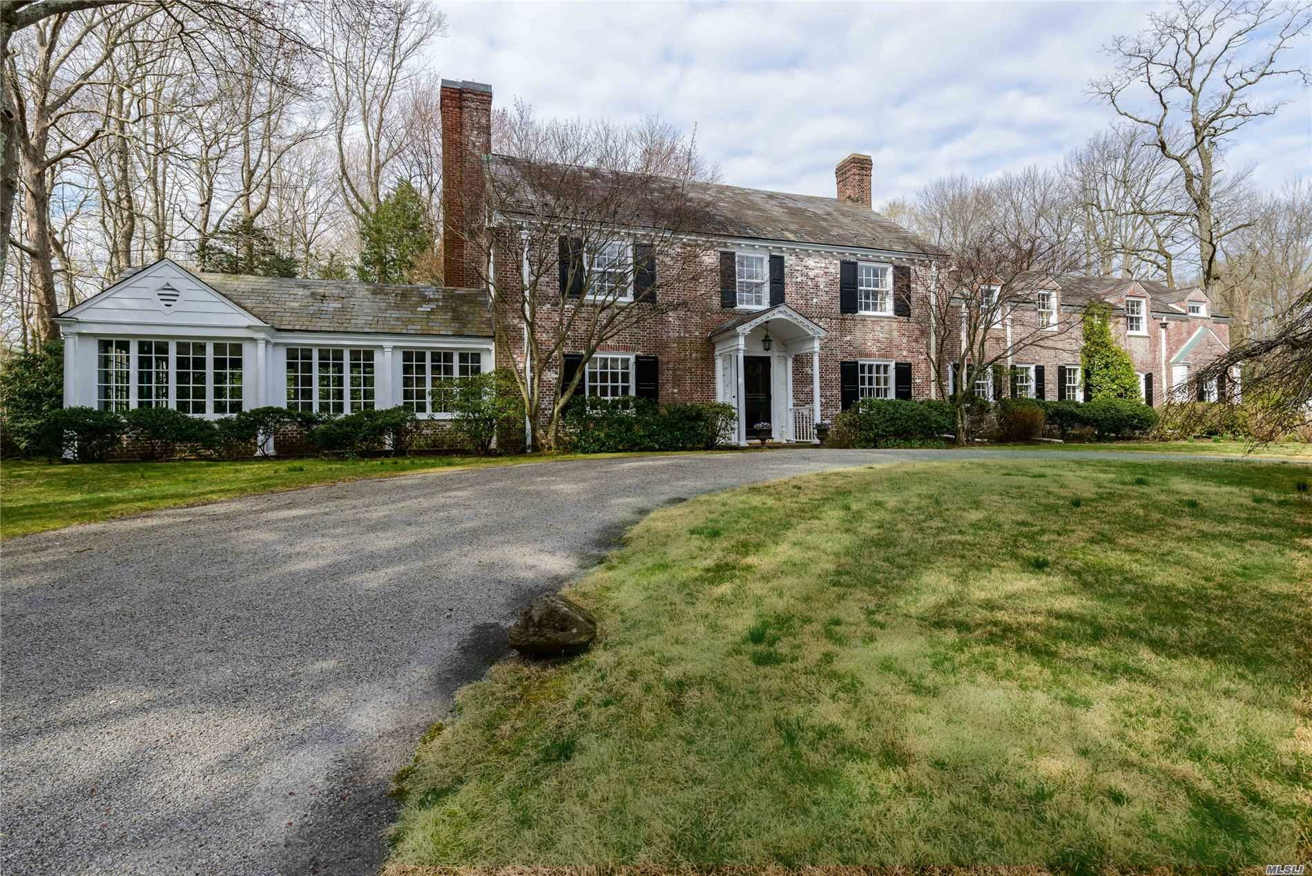 Residenziale in 175 Cove Rd, Oyster Bay Cove, NY ,11771
