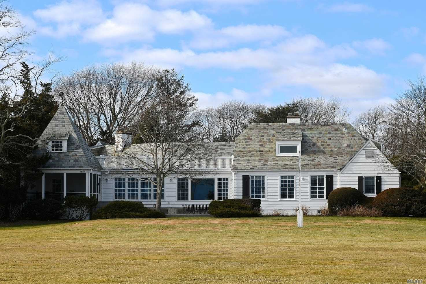 Residenziale in 21 Thornhedge Road, Bellport Village, NY ,11713