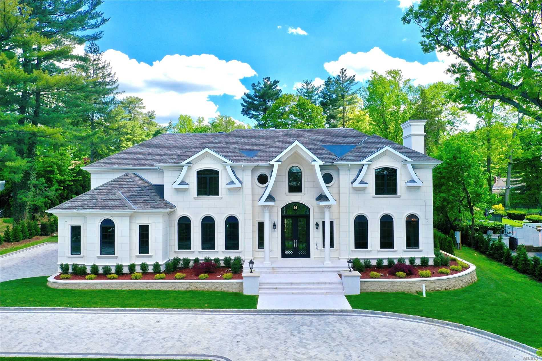 Residenziale in 24 Cow Ln, Great Neck, NY ,11024