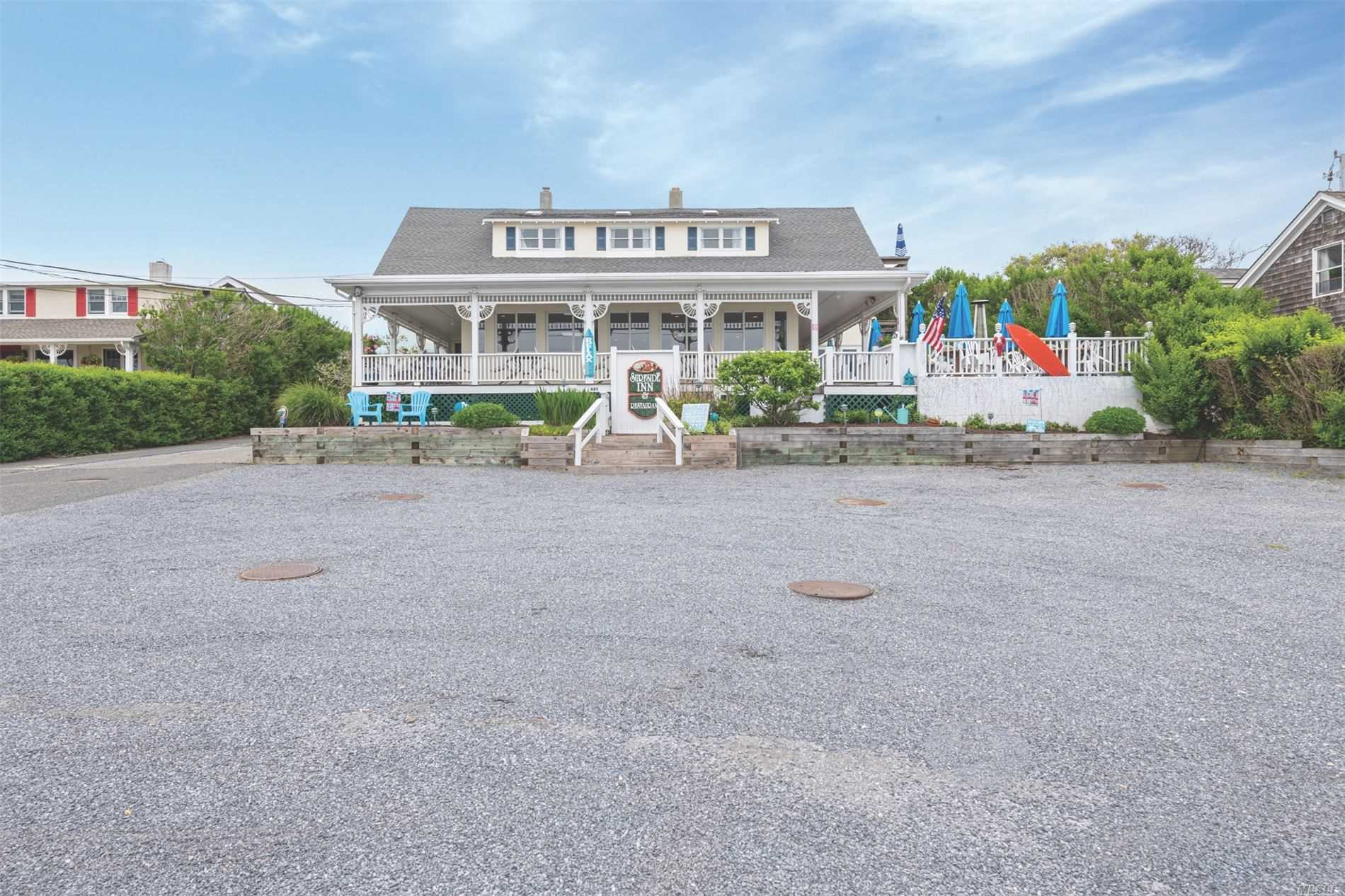 Acquisto commerciale in 685 Old Montauk Hwy, Montauk, NY ,11954