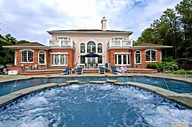 Residenziale in 9 Kate, E. Quogue, NY ,11942