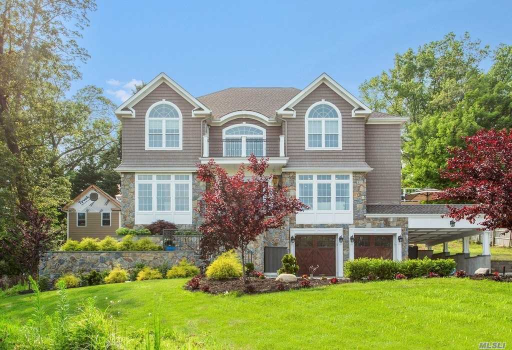 Residenziale in 4 Thornton Dr, Northport, NY ,11768