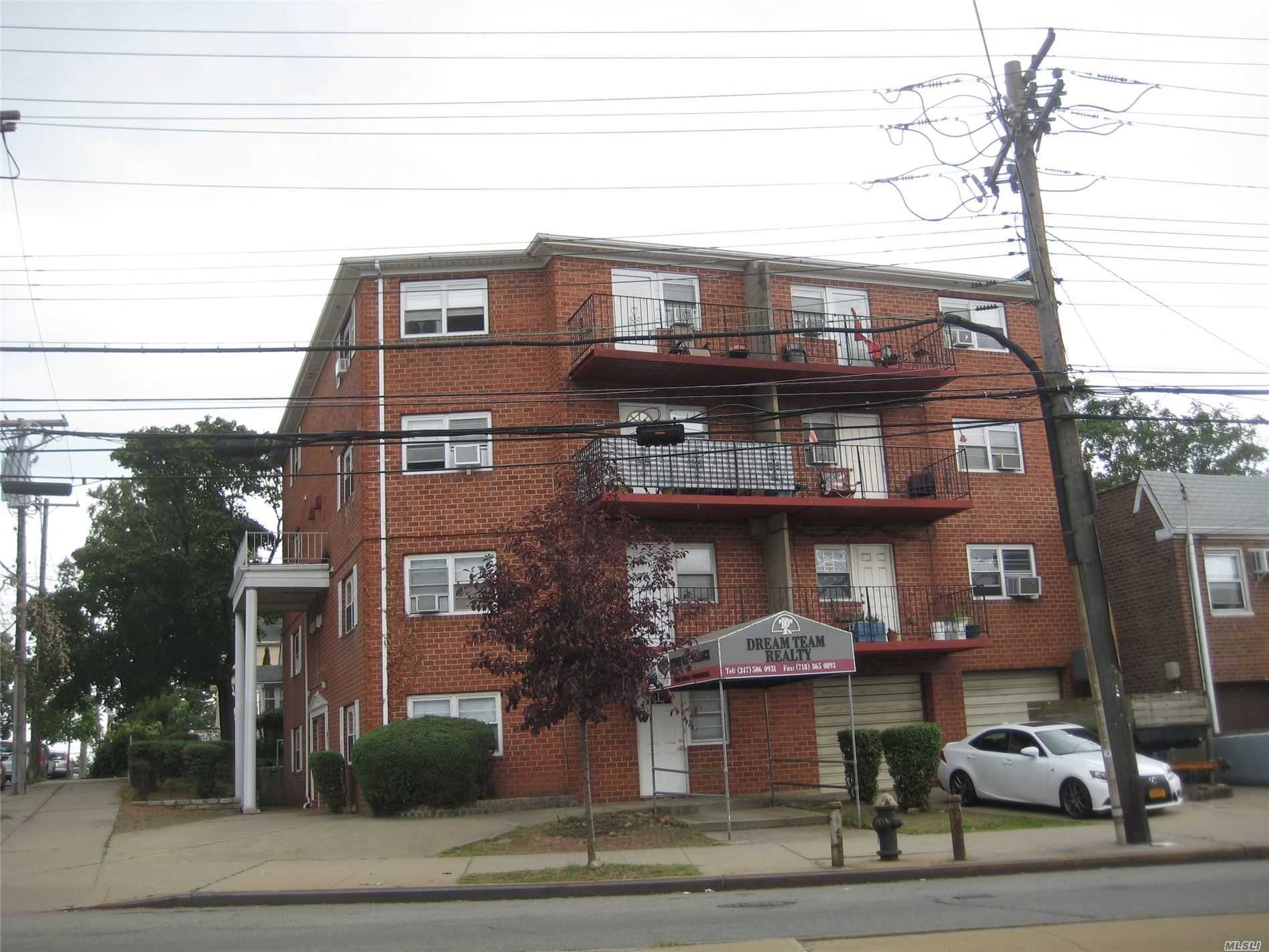 Acquisto commerciale in 122-02 25 Rd, Flushing, NY ,11354