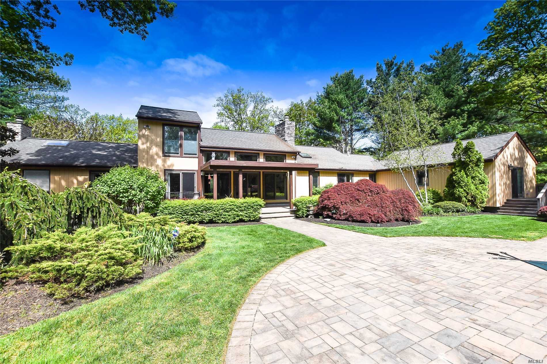 Residenziale in 1 Frances Ln, Port Jefferson, NY ,11777