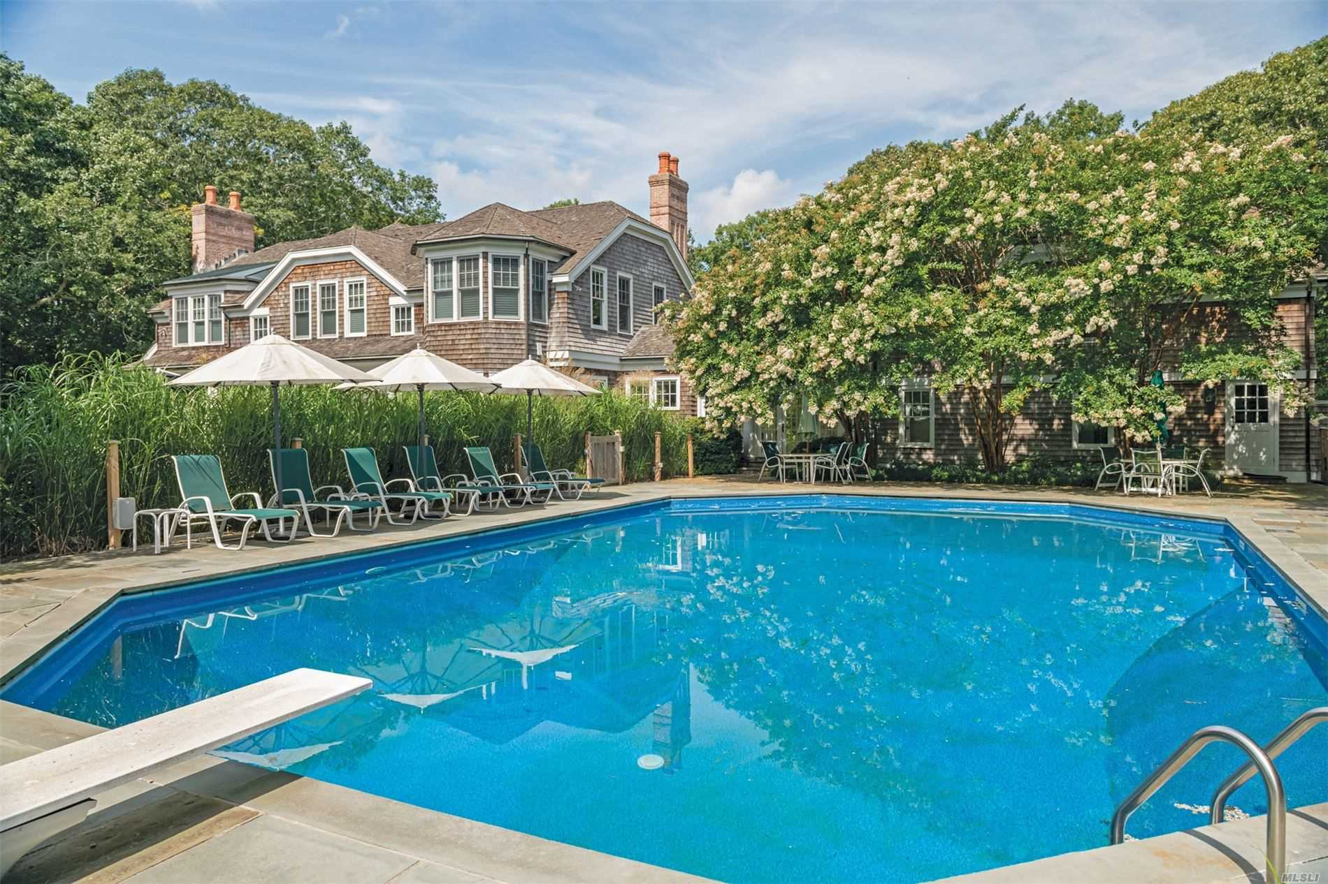 Residenziale in 46 Briar Patch Road, East Hampton, NY ,11937