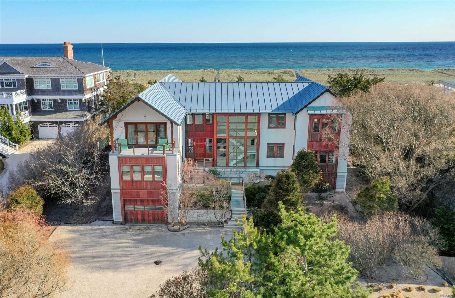 Residenziale in 127 Dune Rd, Westhampton Bch, NY ,11978
