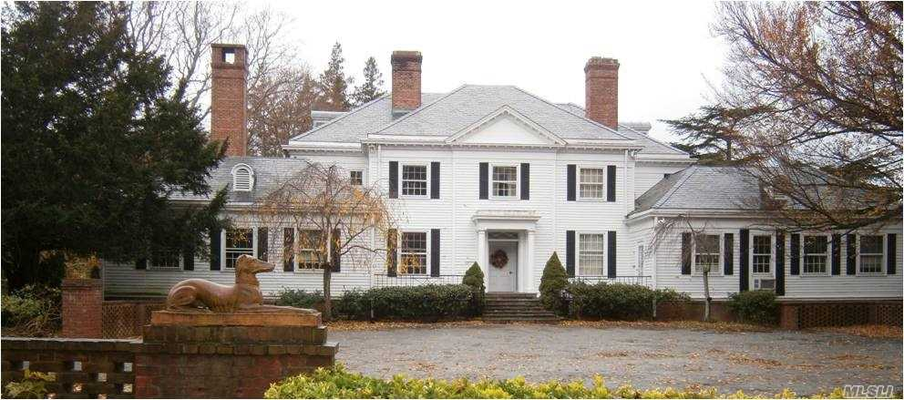Residenziale in 145 Dosoris Ln, Glen Cove, NY ,11542