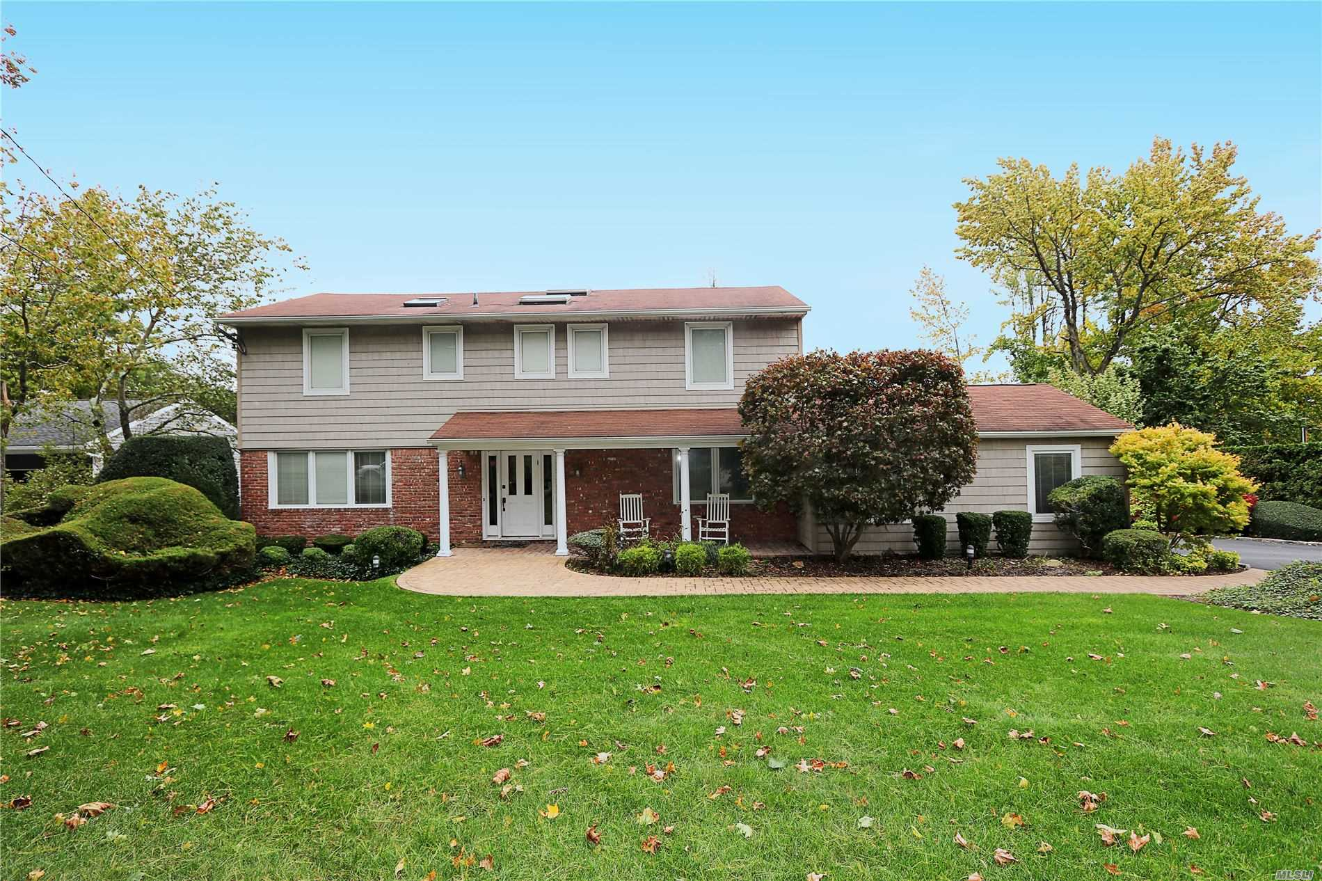 Residenziale in 58 Cornell Dr, Plainview, NY ,11803