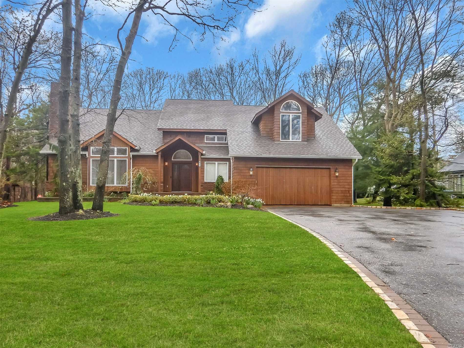 Residenziale in 45 River Rd, Great River, NY ,11739