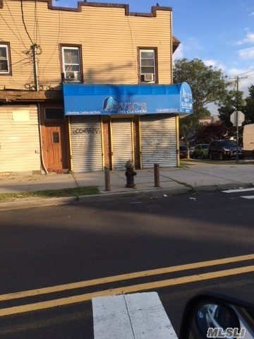 Acquisto commerciale in 145-02 Lakewood Ave, Jamaica, NY ,11435