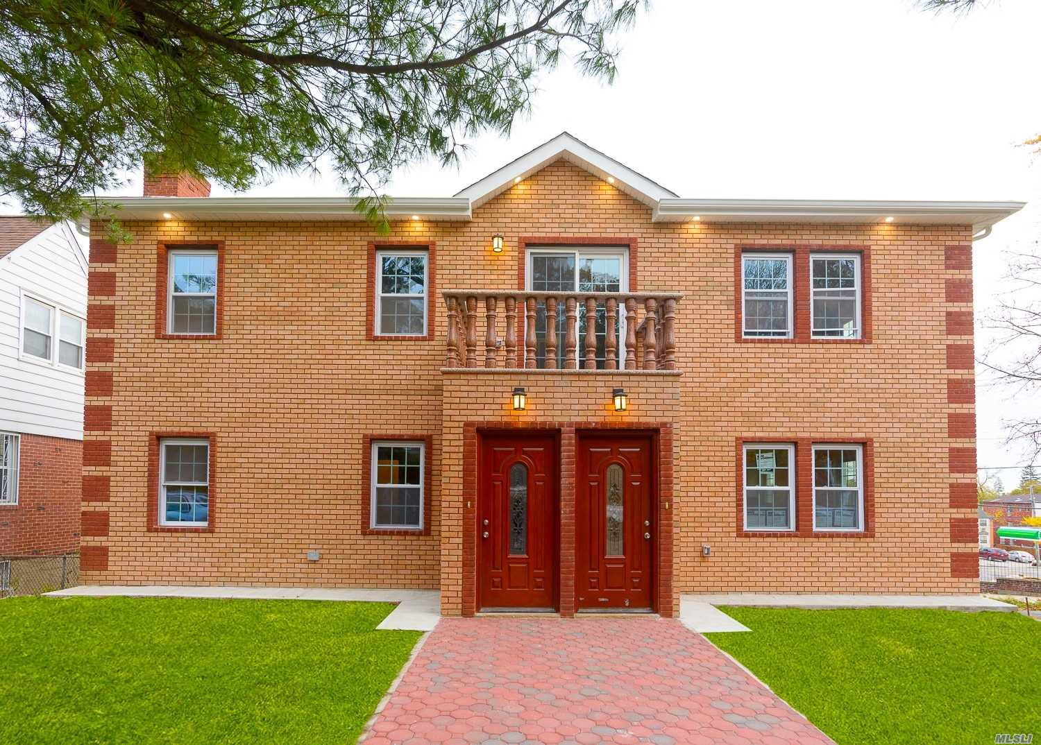 Residenziale in 197-10 Foothill Ave, Holliswood, NY ,11423