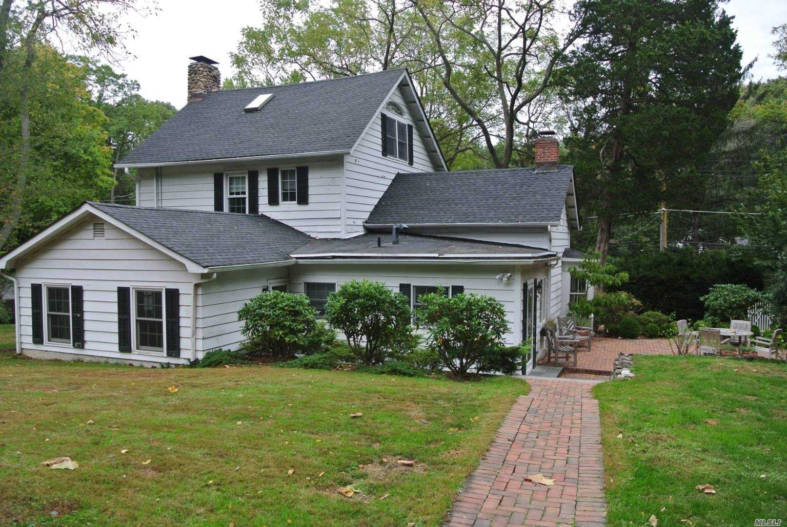 Residenziale in 88 Turkey Ln, Cold Spring Hrbr, NY ,11724