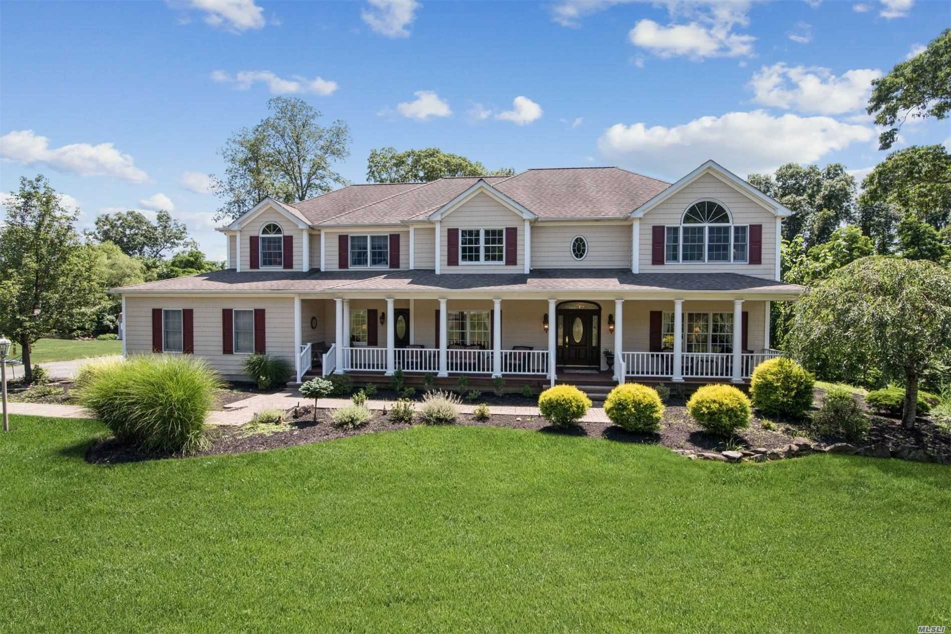 Residenziale in 61 Cambridge Ct, Wading River, NY ,11792