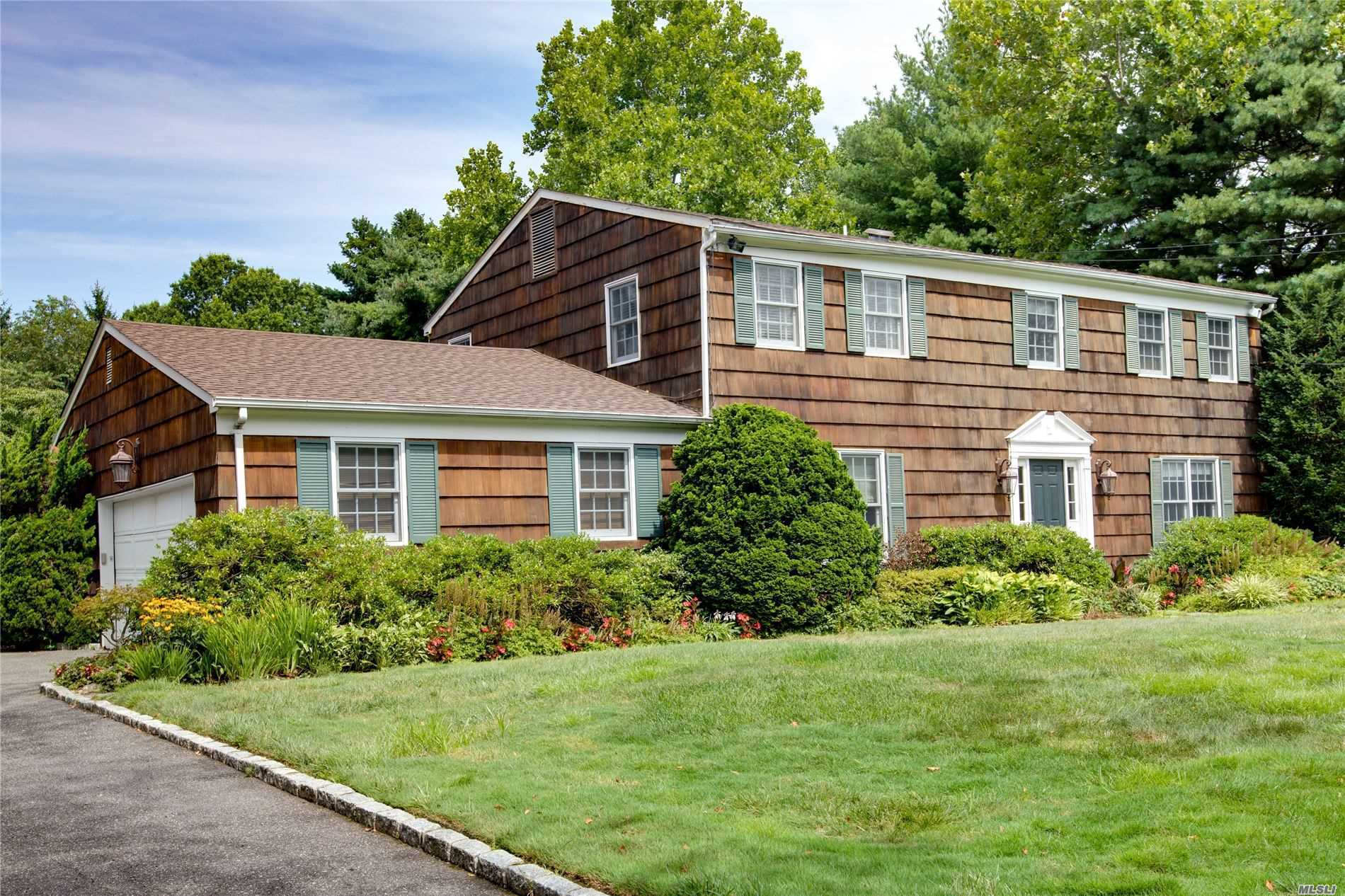 Residenziale in 20 Belvedere Dr, Syosset, NY ,11791