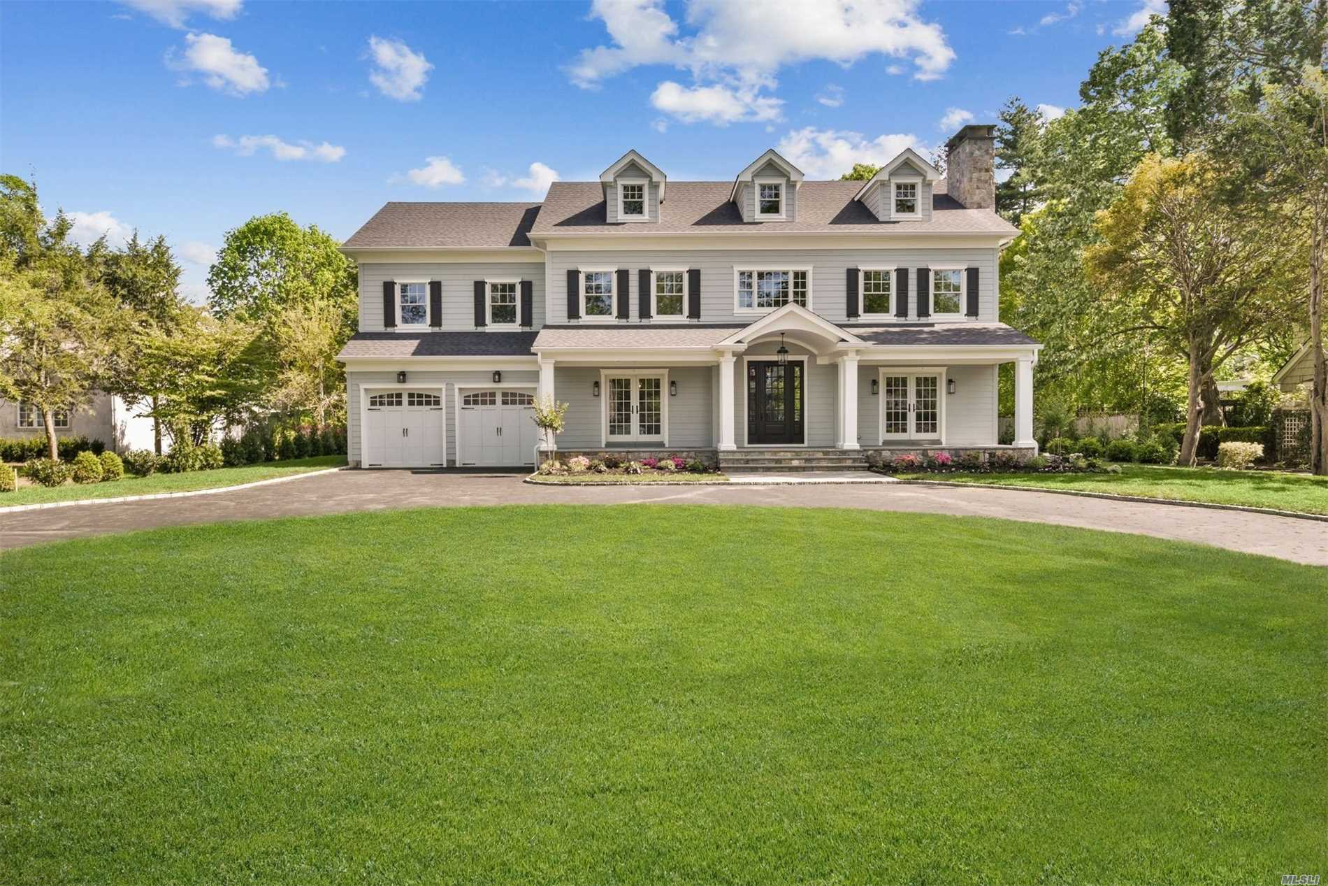 Residenziale in 70 First St, Garden City, NY ,11530