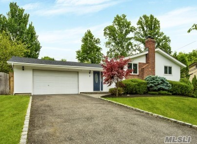Residenziale in 3 Fowler Pl, Dix Hills, NY ,11746