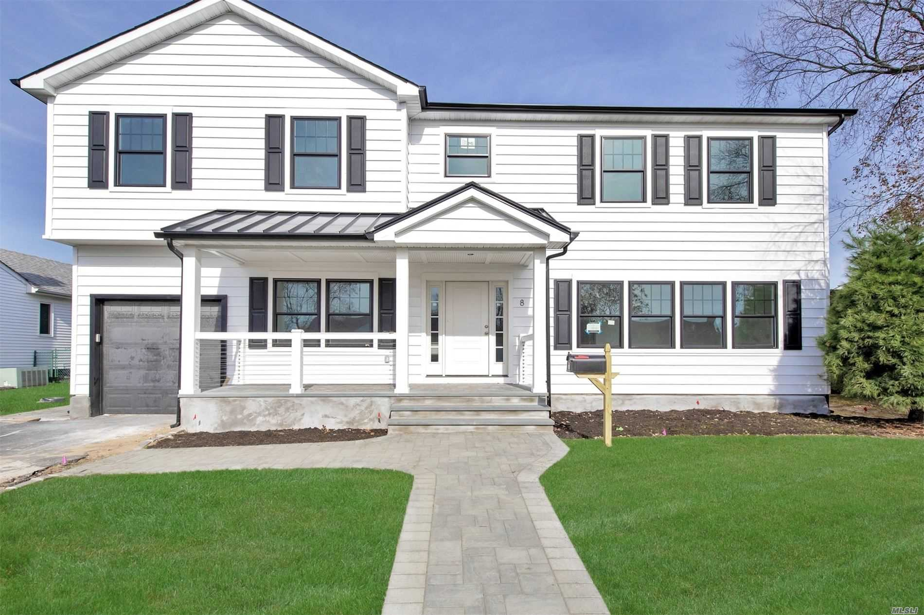 Residenziale in 8 Piper Pl, Old Bethpage, NY ,11804