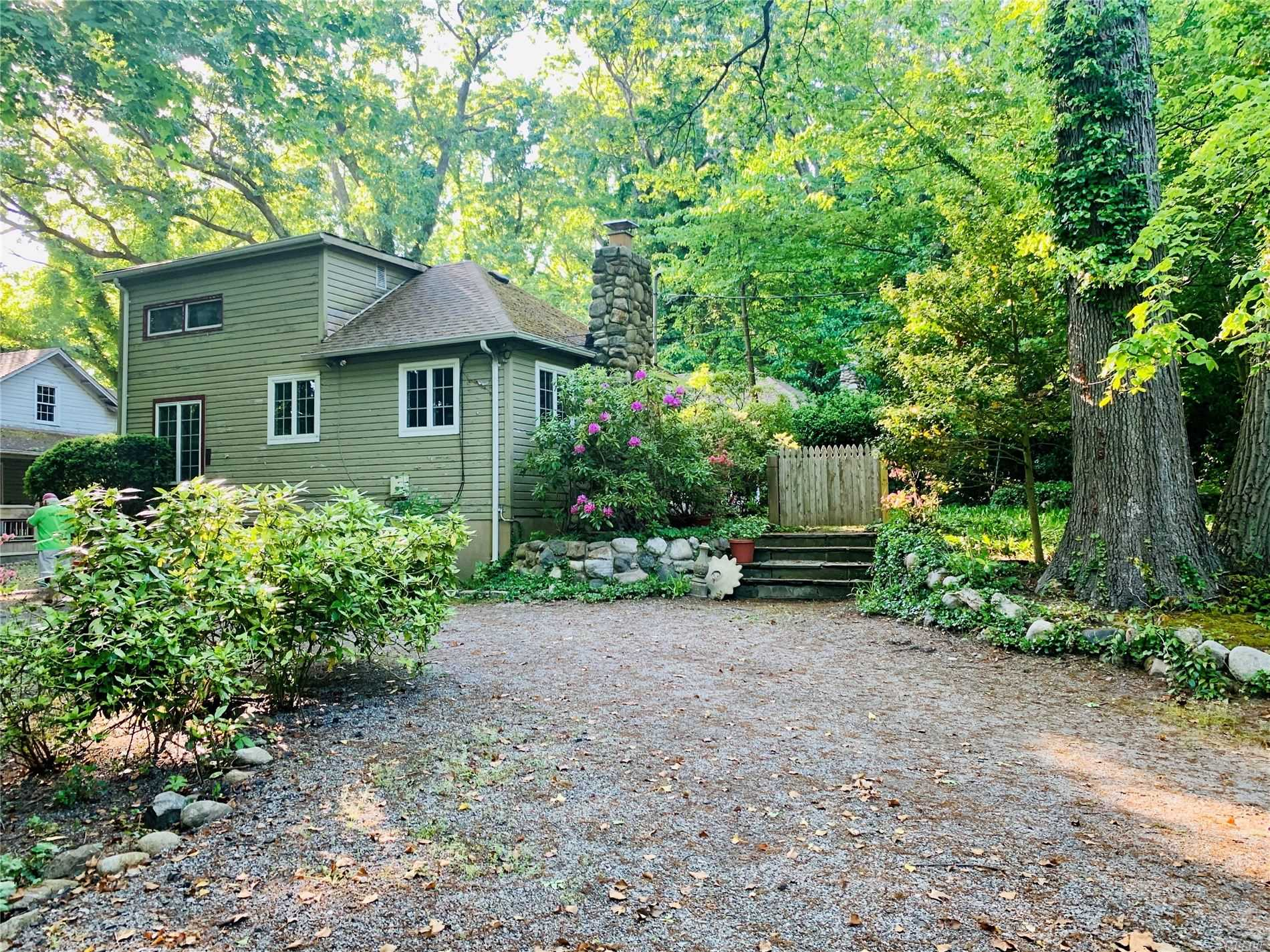Residenziale in 31 Mariners Ct, Centerport, NY ,11721