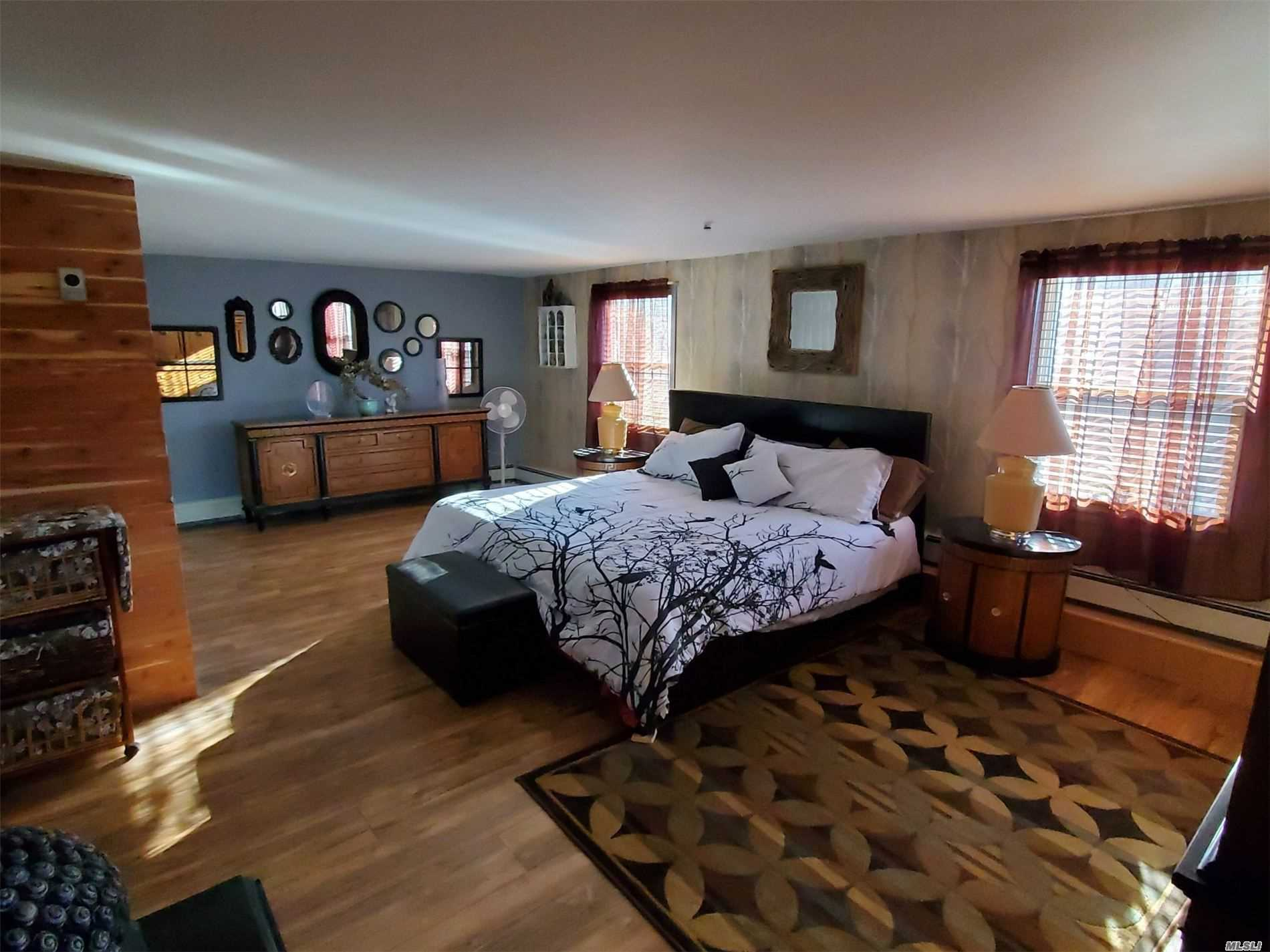 Residenziale in 52 Waterville Dr, Sound Beach, NY ,11789