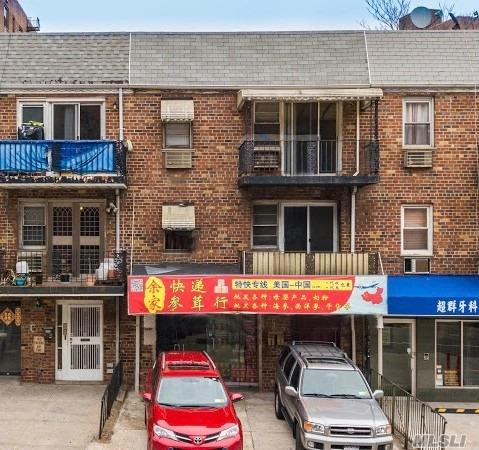 Acquisto commerciale in 42-65 Main St, Flushing, NY ,11355