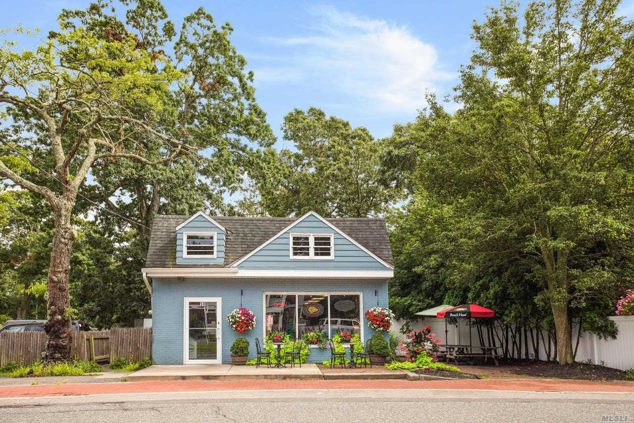 Acquisto commerciale in 58 River Rd, Great River, NY ,11739