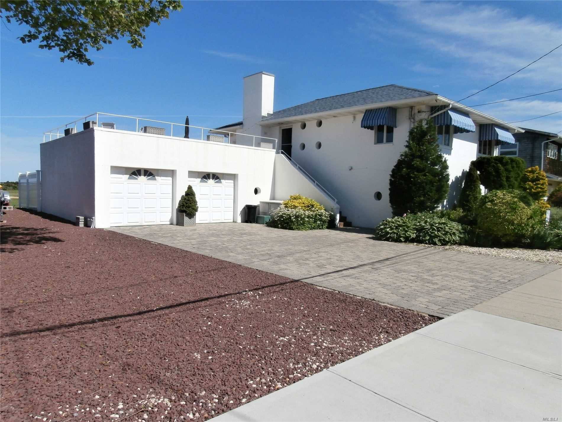 Residenziale in 20 Mineola Ave, Point Lookout, NY ,11569