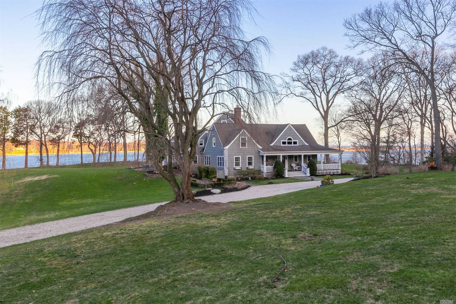 Residenziale in 1 Piper Ln, Head Of Harbor, NY ,11780