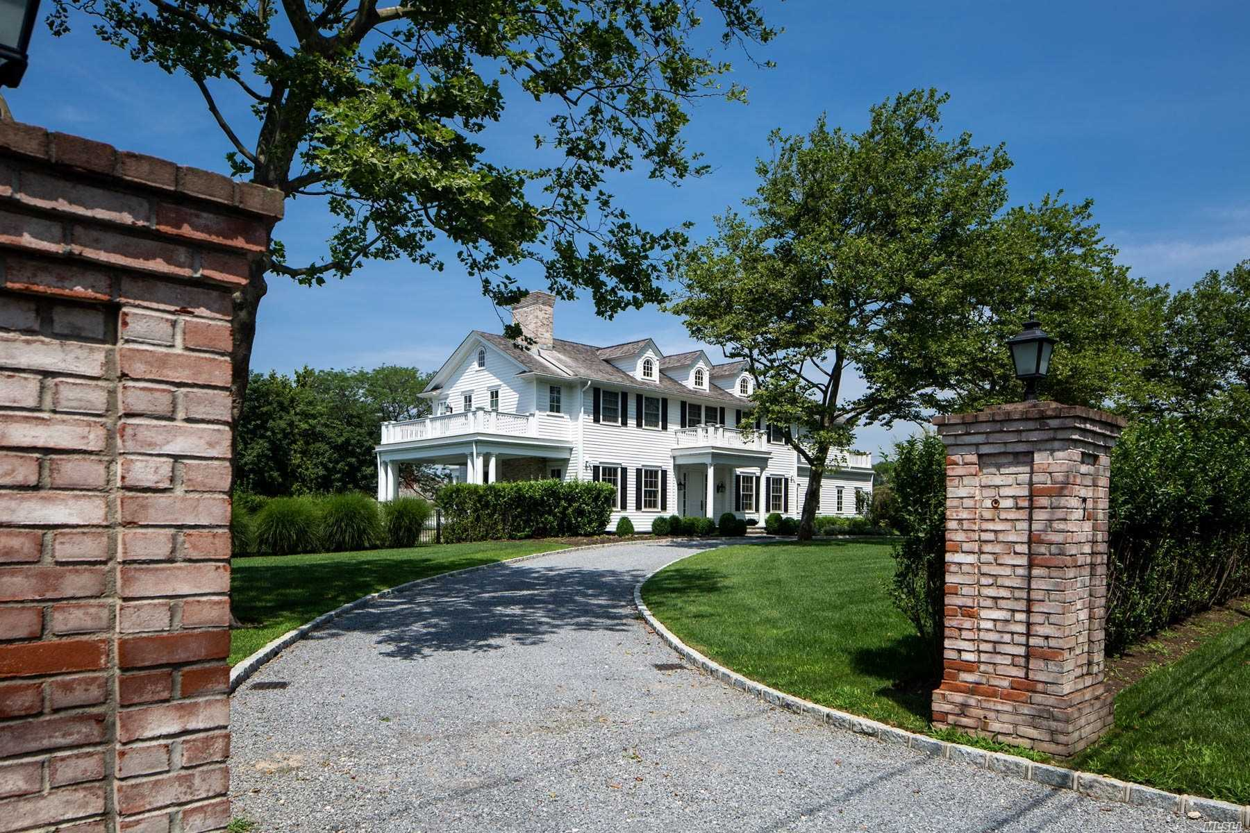 Residenziale in 7 Bayfield Ln, Westhampton Bch, NY ,11978