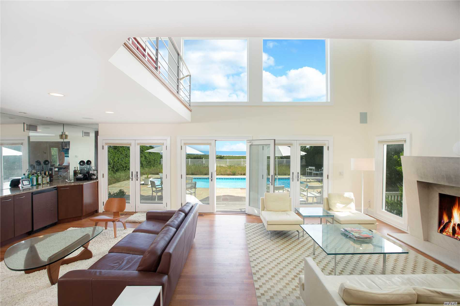 Residenziale in 309 Dune Rd, Westhampton Bch, NY ,11978