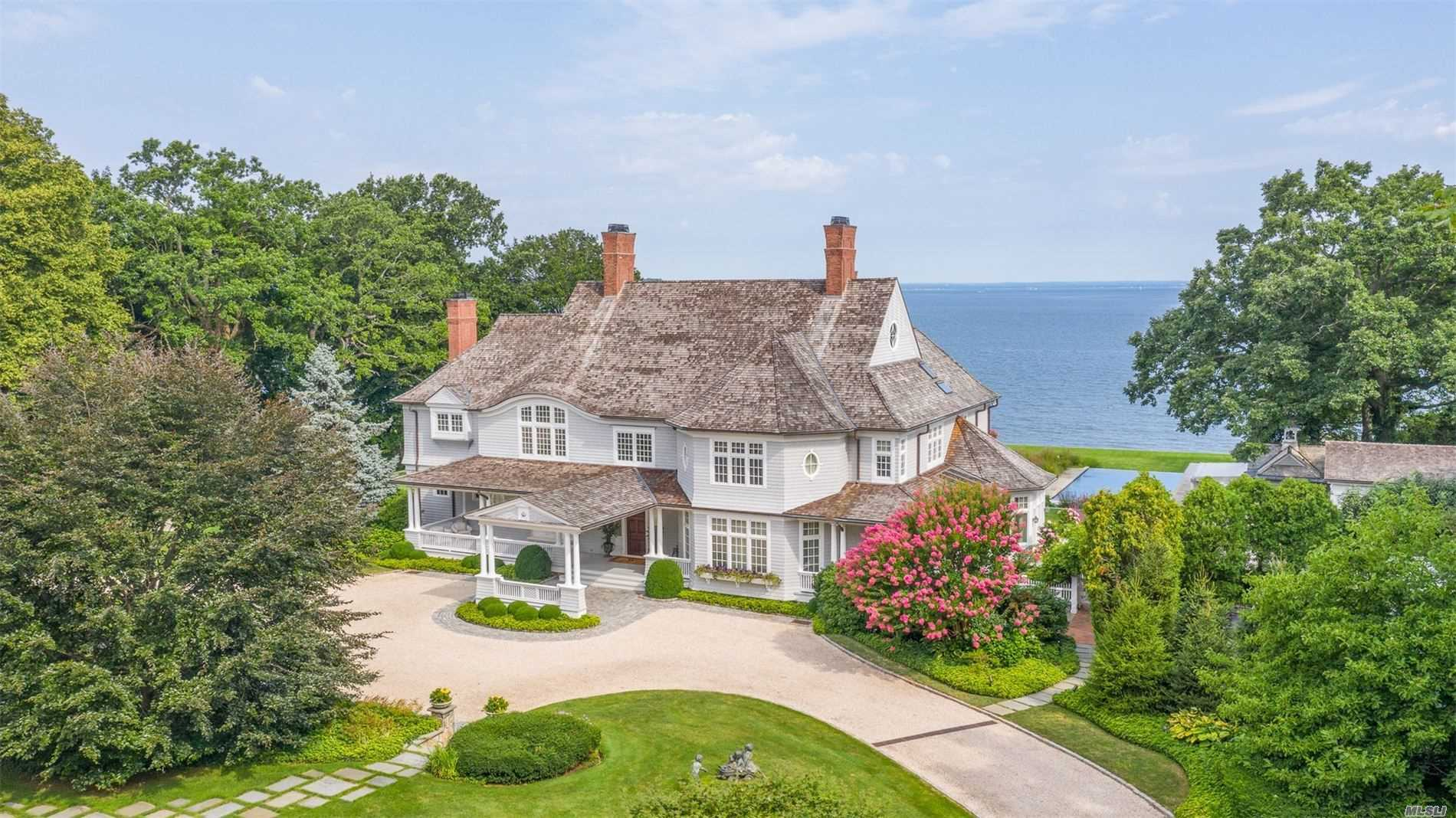 Residenziale in 1 Sydney Rd, Huntington Bay, NY ,11743