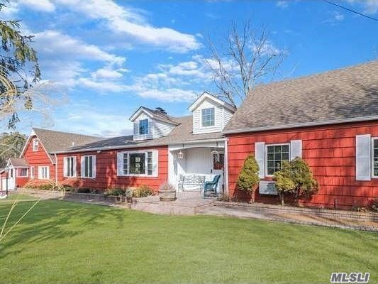 Residenziale in 11 Miller Place Yap Rd, Middle Island, NY ,11953