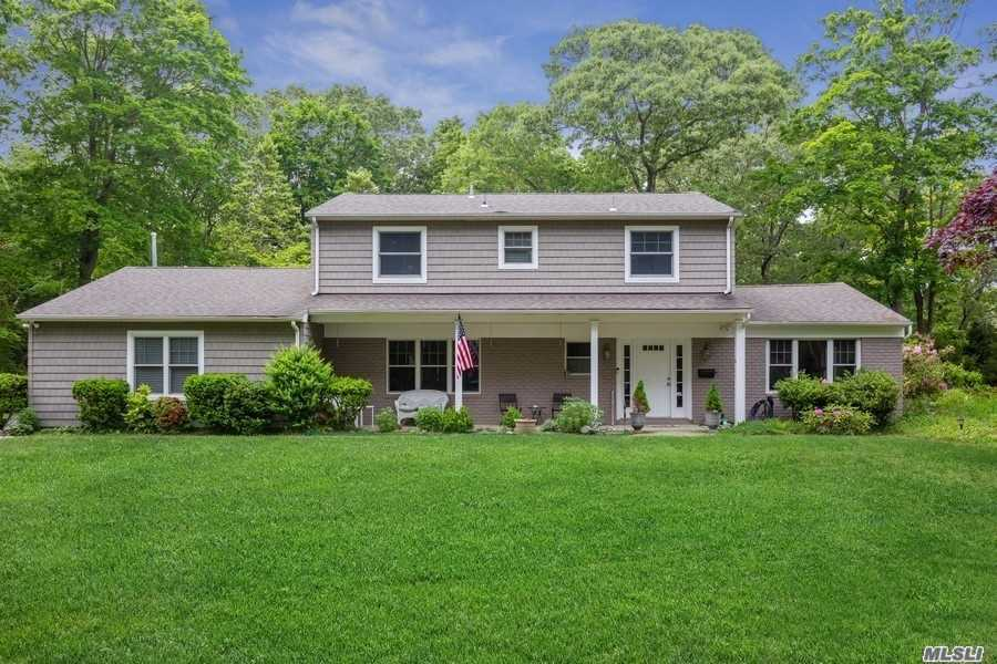 Residenziale in 4 Thorn Hedge Road, Bellport Village, NY ,11713